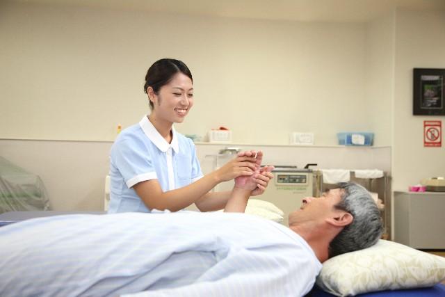 スタッフと利用者・患者・その家族とのつながりを